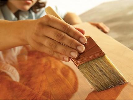 Чем покрыть фанеру от влаги: проверенные методики