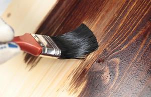 Чем покрыть фанеру: особенности выбора и нанесение лаковых материалов (ЛМ)