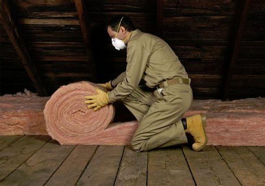 Как грамотно утеплить деревянный дом