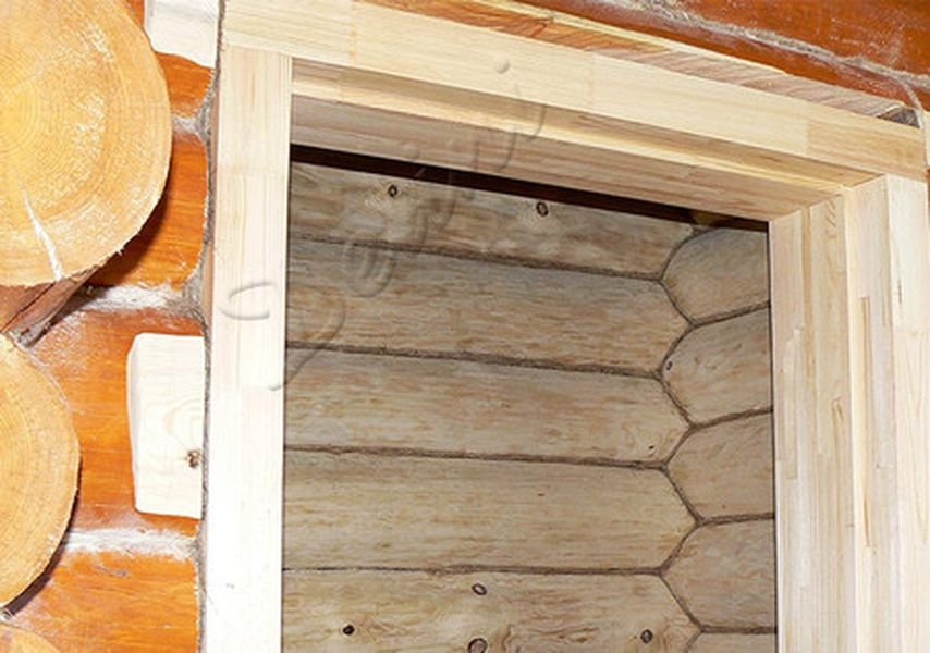 Монтаж окон и дверей в деревянных домах