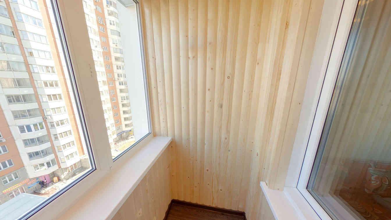 Блокхаус на балкон. как выбрать и смонтировать самому..