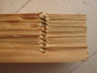 крепеж в структуре древесины